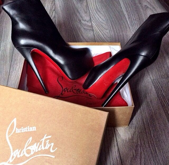 lou christian shoes red louboutins tumblr