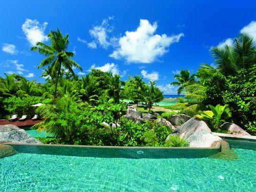 Constance Lémuria Resort- Golfurlaub auf den Seychellen. Erleben und entdecken Sie diesen paradiesischen Ort auf den Seychellen! Spielen Sie auf Lémuria Golf, wo Sie Himmel, Meer und Erde so nah sind, wie nie zuvor! Im Constance Lémuria Resort auf der Insel Praslin genießen Sie mit purer Freude die Schönheiten der Natur und die sonnigsten Seiten des Lebens. – First Golf – Drive Your Life
