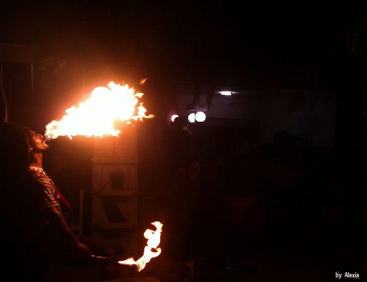 https://flic.kr/p/s7oybB | Juggler Halkidiki | Juggler Spitting fire...