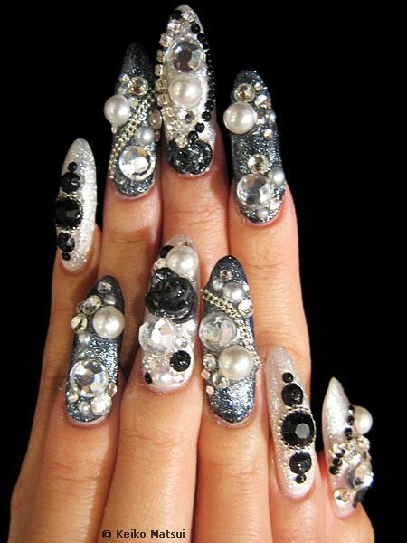 Google Image Result for http://www.nailartgallery.com/keiko/pictures/keiko.nail.art.019.jpg