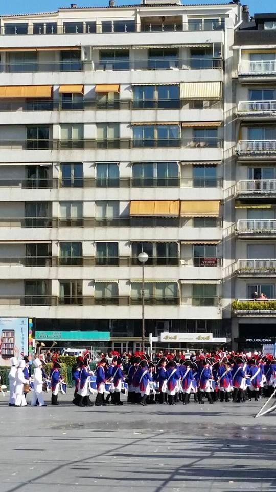 #Tamborrada #20enero #donostieguna #tamborrada2016 #capitalculturaleuropea #europa #tambores #donostia #sansebastian #playadelaconcha #fiestas #tradidicion #paisvasco #basquecountry ©bartxepetxa