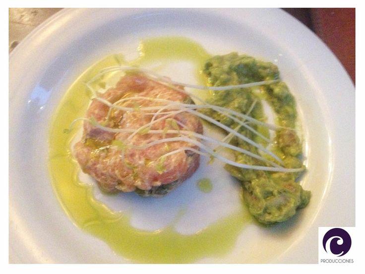 Timbal de salmón y guacamole - Restaurante Happening - Las Condes - Santiago de Chile