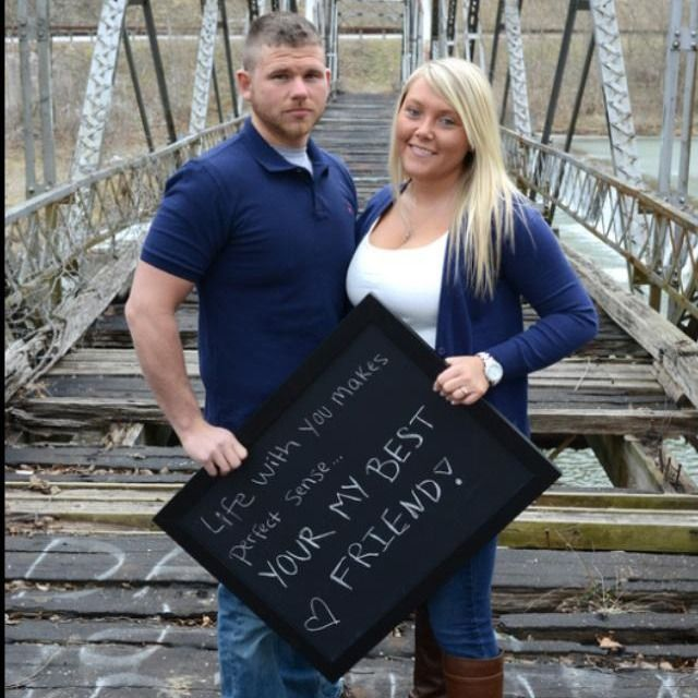 This couple has a lot to learn about contractions and I'm not talking about the prenatal kind either. YOUR?? REALLY??