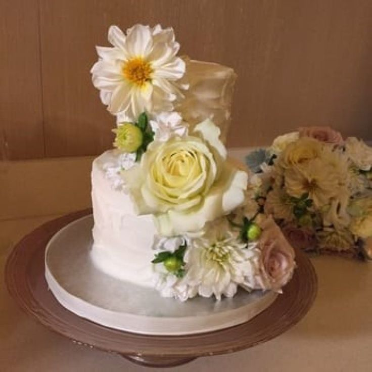 wedding cakes flavors best wedding cake flavors combinations different wedding 24357