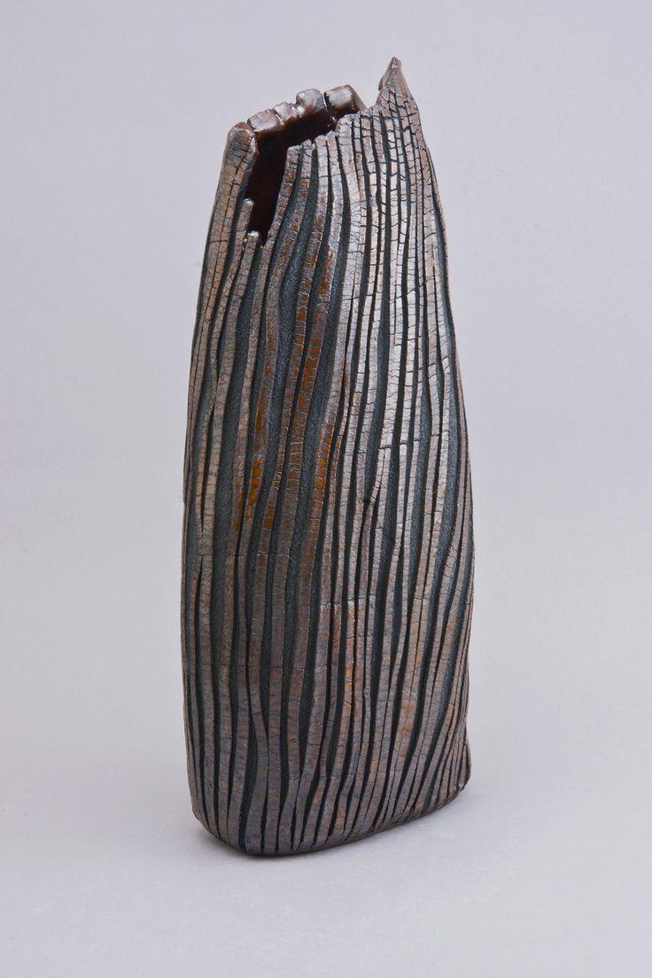 Roy Lizama.  4-serrated-vessel