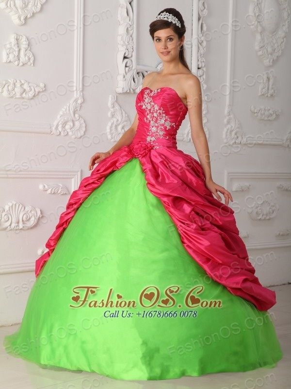 49 best images about Quinceañera on Pinterest | Red quinceanera ...