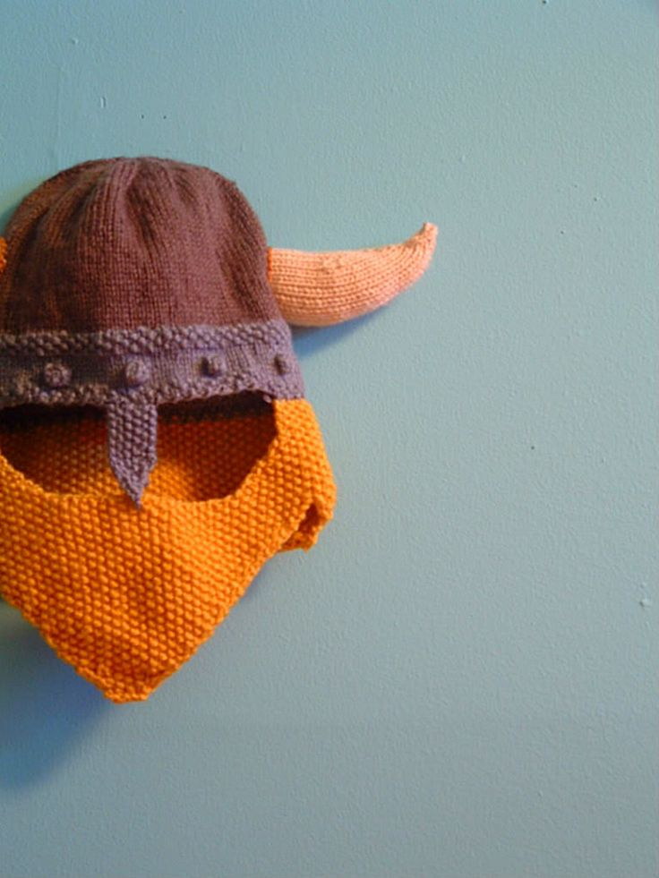 knitted viking helm and beard -lol #cosyautumn