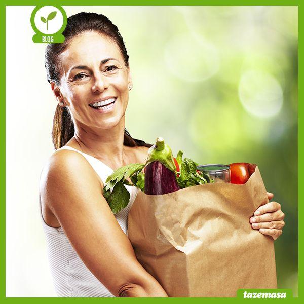 Tazemasa.com, evimizde ihtiyaç duyacağımız kahvaltılıktan meyve – sebzeye, etten süt ürünlerine, tahıllara, baharatlara ve zeytinyağlarına kadar hemen her ürünü bünyesinde barındırıyor; bu nedenle çok işlevsel bir site, kullanıcısına zaman kazandırıyor ve en iyiyi sunuyor.  Devamı için; http://blog.tazemasa.com/mutfagima-saglik-geldi/