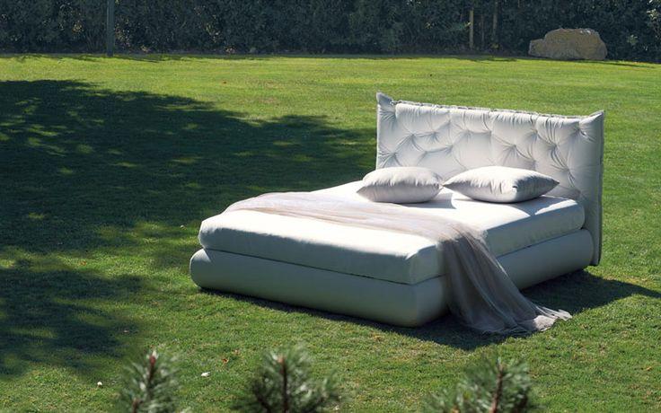 Oltre 1000 idee su dimensioni del letto su pinterest cuscini organizzazione della carta e metalli - Letto matrimoniale alla francese dimensioni ...