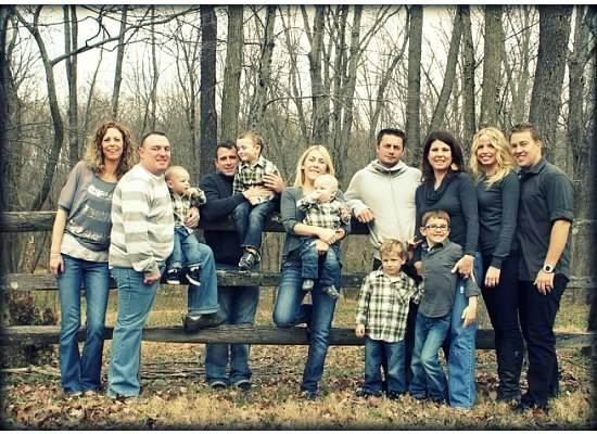 Large family pic | photo ideas by bernadine