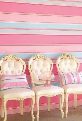horizontal stripes, pastels, wallpaper, interior design, pink, blue, french