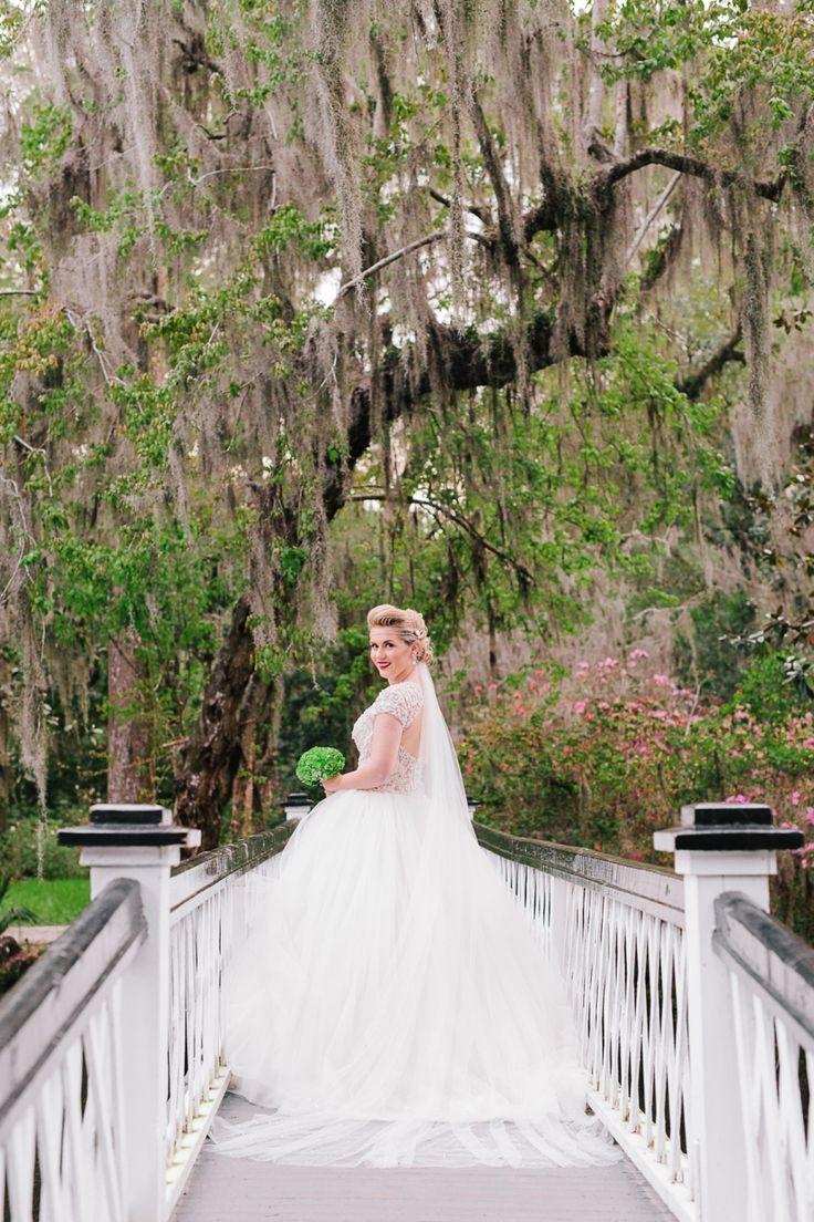 A Series Of Magical Magnolia Plantation Bridal Portraits Photographed By Amanda For Charleston Photographer Riverland Studios