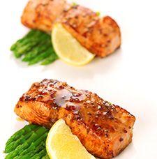 Pavé de saumon au miel et à la moutarde