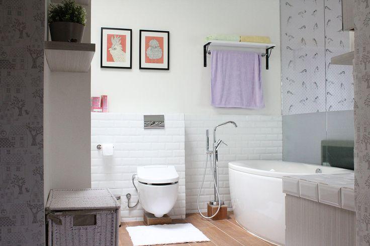 Kamar mandi minimalis cantik dan menawan   Portofolio By : Joen (Interior Designer di Sejasa.com)