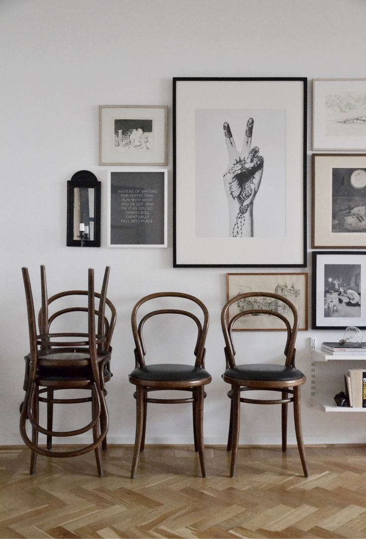 Nu är det dags! Säljer mina stolar från Dusty Deco. Jag älskar dem men har ingen plats så det svider lite i hjärtat. Jag har fyra stycken och jag säljer dem tillsammans. Stolarna finns i Göteborg…