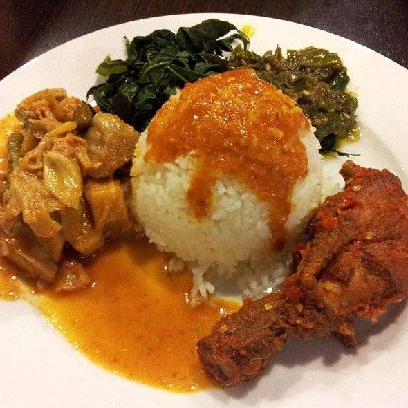 Nasi Ayam Rames @ Sri Lembayung