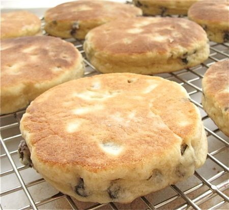 Welsh Cakes: step-by-step photos and tips.