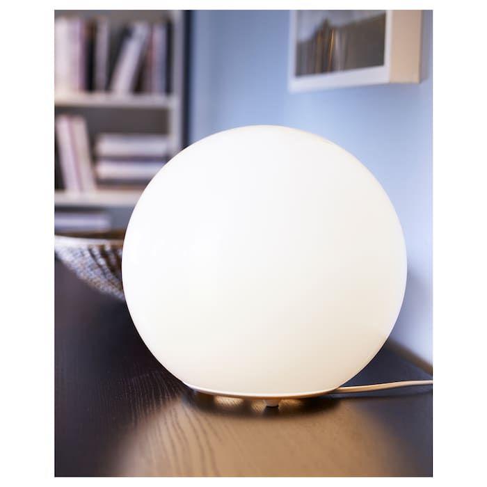 Fado Table Lamp With Led Bulb White Ikea Lampes De Table Lampe De Table Blanche Bulbes