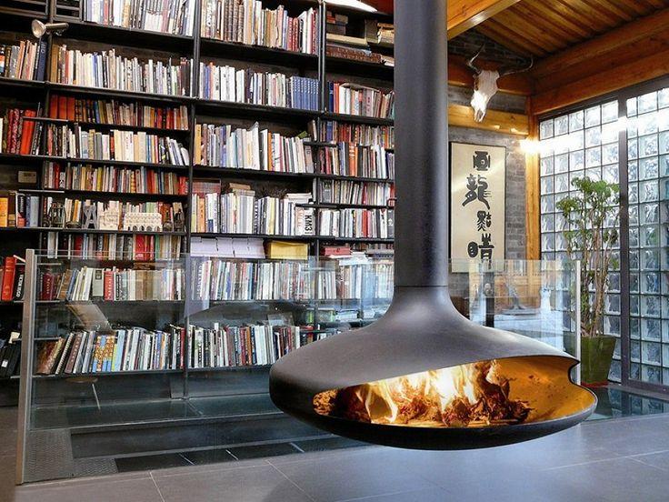 chimenea metálica exenta / chimenea de leña verde / Todo lo que debes saber sobre las chimeneas de leña  #hogarhabitissimo
