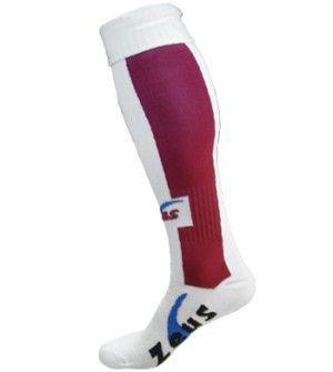 Fehér-Gránátvörös Zeus Dual Sportszár nehezen tépődik, kopásálló, könnyen festhető, tartós, kényelmes, könnyen szárad a Zeus Dual Sportszár. Spandex anyagnak köszönhetően, nagyon rugalmas, lábra simuló, ebből készülnek például a bringás nadrágok, futónadrágok és a birkózónadrág is. Fehér-Gránátvörös Zeus Dual Sportszár Fiú-Lány és Senior-felnőtt méretben és további 5 színkombinációban érhető el.