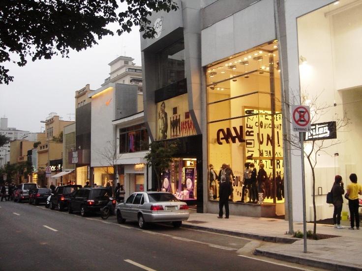 Oscar Freire Street.: Sao Paulo, Center, Shopping, Consumption, Brazil, Oscars