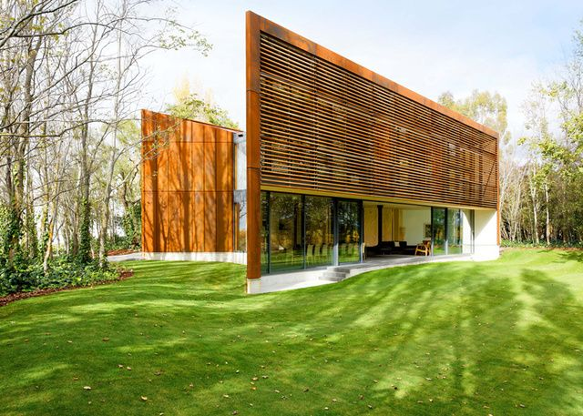 This Modern Home Frames the Winery Around It With Weathered Steel