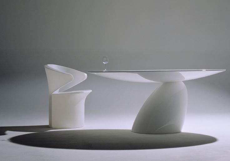 Parabel Dining Table Oval, 1994 by Eero Aarnio