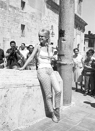 Brigitte bardot in spoleto italy on august 11 1961 for B et b italia