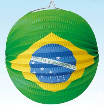 Lampion Brazilie 24 cm. Lampion van de Braziliaanse vlag. De lampion is ongeveer 24 cm en is brandvertragend. De lampion is gemaakt van papier.