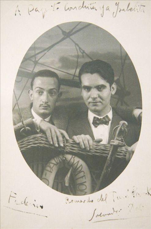 Salvador Dalí and Federico García Lorca. (fair, Barcelona, 1925).