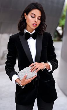 Pull out the manly look and rock a suit #PANDORAstyle here with blogger vivaluxury