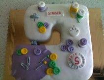torta macchina da cucire