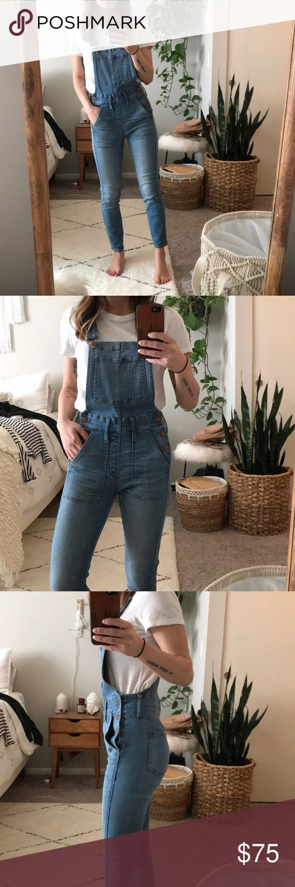 Madewell Skinny Crop Overalls in Hewitt Madewell Skinny Crop Overalls in Hewitt / Size XXS  I am 5'2 for Height Reference Madewell Other