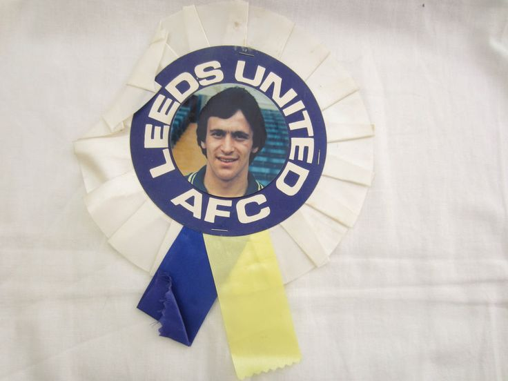 LEEDS UNITED BYRON STEVENSON ROSSETTE CONDITION WEAR USED OTHERWISE GOOD. FREE PARKING, ENTRY £1.00, SCHOOL CHILDREN FREE   FREE LEEDS UNITED 2015-16 PROGRAMME. @ PUDSEY CIVIC CENTRE, DAWSONS CORNER, PUDSEY, LEEDS.   eBay!
