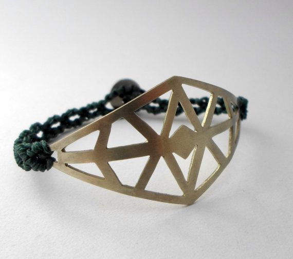 Geometric metal bracelet with micro macrame/micro by AbyCraft