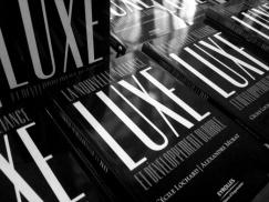 En 2011, Cécile Lochard, Directrice associéé de CITIZEN LUXURY CONSEIL, a écrit aux Editions Eyrolles  l'ouvrage de référence sur l'association entre luxe et développement durable.