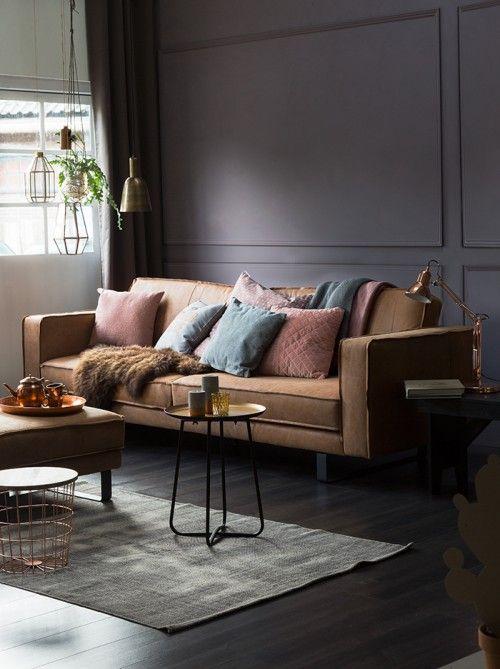 KARWEI | Warme vergrijsde tinten combineren prachtig met bruinen en taupe. Het resultaat? Een warm, sfeervol interieur.
