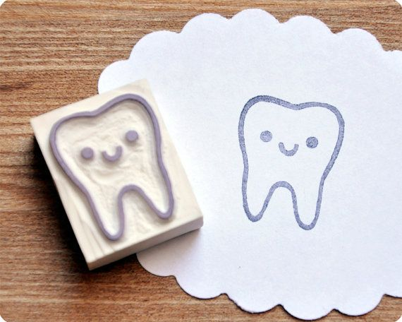 Cute tooth hand carved rubber stamp from MemiTheRainbow's etsy shop. I don't know why I feel like I need to own this so badly.