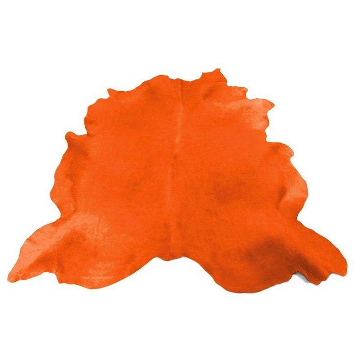 Kuhfell Teppich in Orange ist ein Blickfang. Die Kuhfelle bieten wir in vielen verschiedenen Farben. Top-Qualität, Top-Brilianz, pflegelichtes Fell