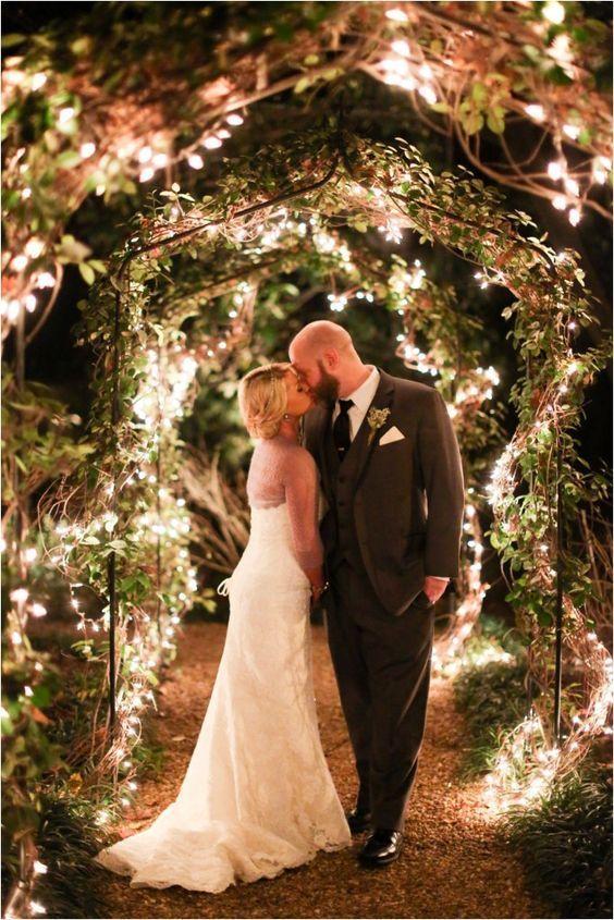Christmas twinkly lights at wedding / http://www.deerpearlflowers.com/romantic-wedding-lightning-ideas/