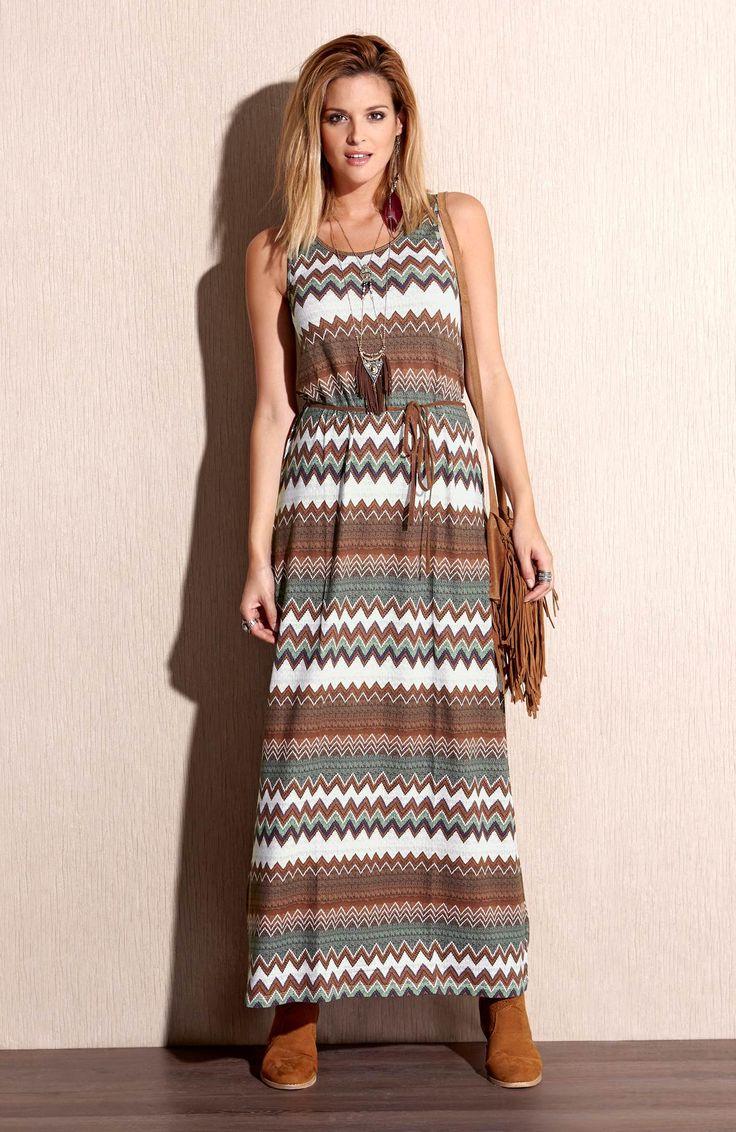Długa sukienka we wzory marki TrulyMine http://www.halens.pl/moda-damska-rozmiary-specjalne-na-gore-5828/sukienka-gracie-555661?imageId=393873&variantId=555661-0018