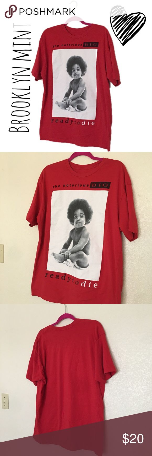 OLD SCHOOL VINTAGE NOTORIOUS BIG tshirt This is a super rad, old school Biggie tshirt, from his first album in 1994 please feel free to make an offer 🦄❤️  Vintage  Biggie  Notorious b.i.g. Notorious big  90's fashion Unique Vintage Shirts Tees - Short Sleeve