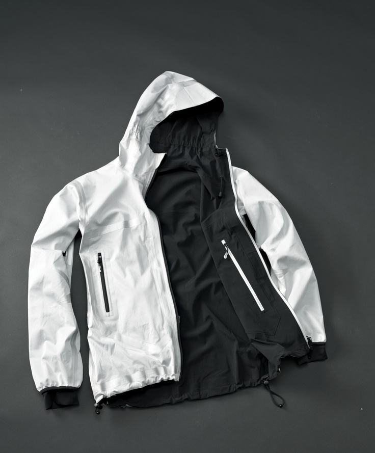 POLYCHROME HYBRID JACKET, one side cooler, other side warmer. Both sides: waterproof and breathable.