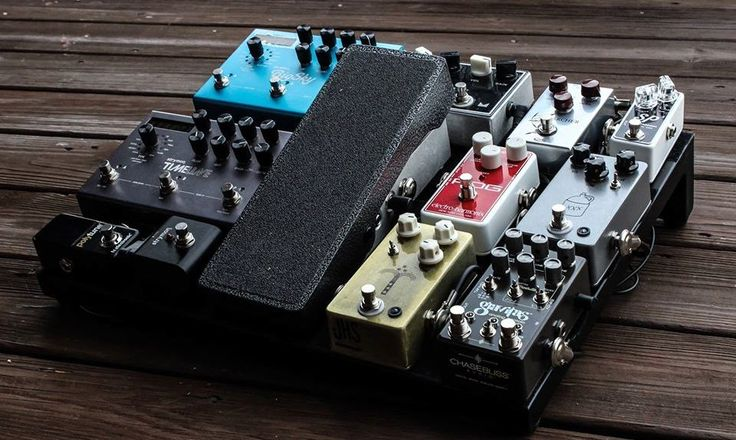 Oh my goodness, I love how clean this board is! The board itself is a Pedaltrain Novo18. (Posted to the Gear Talk: P&W Facebook page by John Miller)