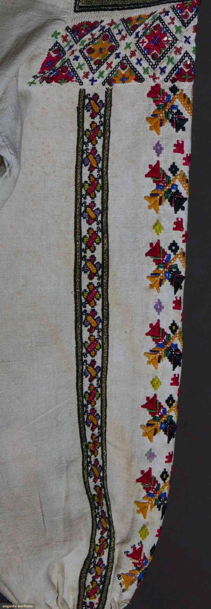 Romanian blouse detail 19th C (Bucovina)