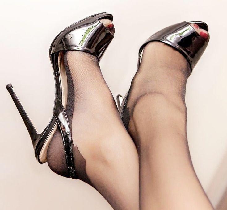High heels sexy secretary office tease in nylon stockings