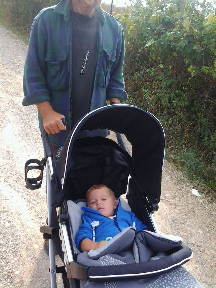 I will be leaving Fernando behind to continue in the workshop whilst I take my daughter and grandson to the UK. It will be the first meeting between 8 month old baby Cristian and his great-grandpar...