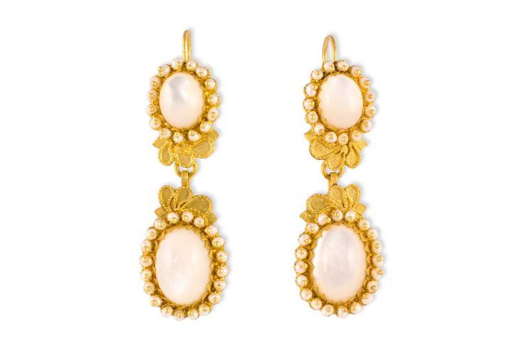 Fine 18K gold filigree earrings with Mother of Pearl loredanamandas.com