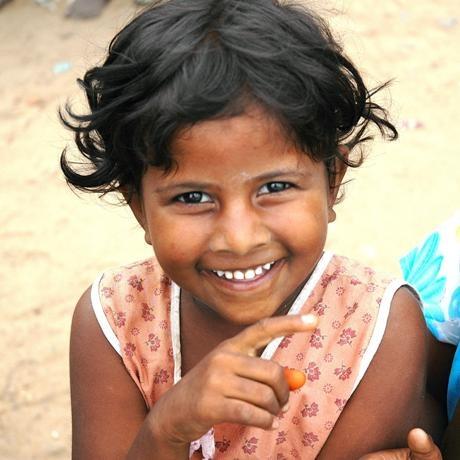 bambina - India