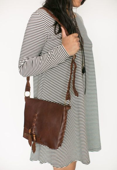 pre-sale* Aiyana purse – brown (ships in 2-4 weeks) $145.00 This unique purse is…